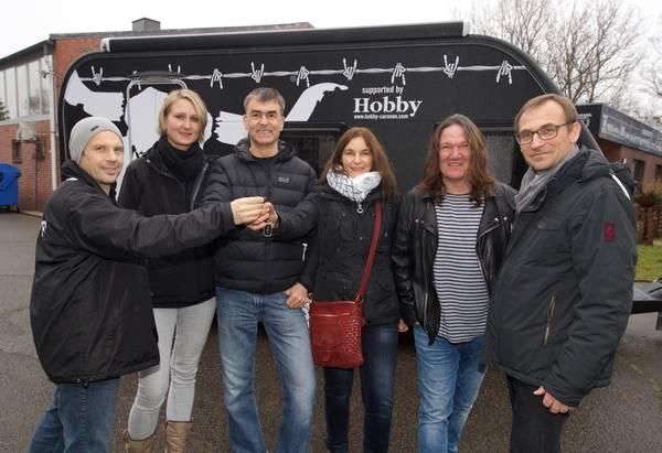 """Consegnata la caravan Hobby """"heavy metal"""""""