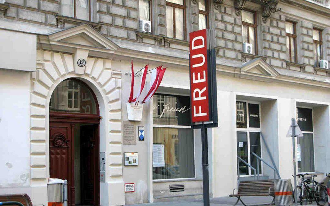 Riapre il Museo di Sigmund Freud