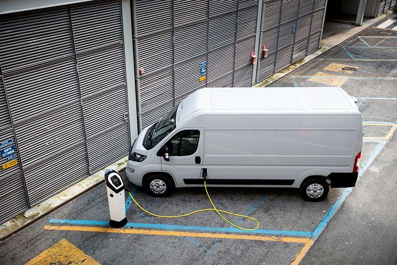 recharging E-Ducato